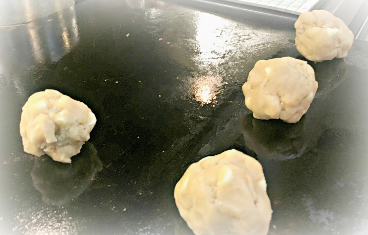 mac-on-a-cookie-sheet